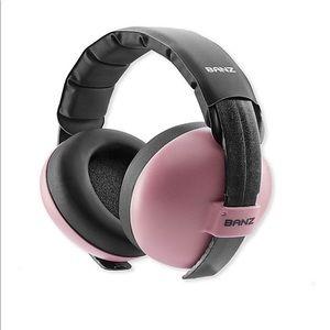 Baby banz baby pink earmuffs age 0-2